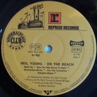 Young, Neil : On The Beach